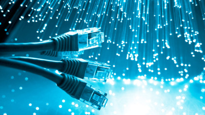 Anatel impede corte de banda larga fixa sem informação aos consumidores